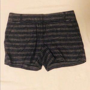 Ann Taylor Loft size 6 blue & white striped short
